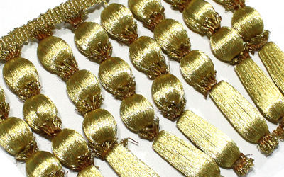 Filipino Borlas con Bolitas Fringe Gold French Bullion Gold Fringe